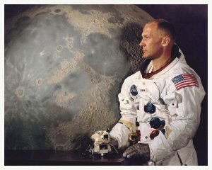 Welcome To The Special Buzz Aldrin Reprint Gallery